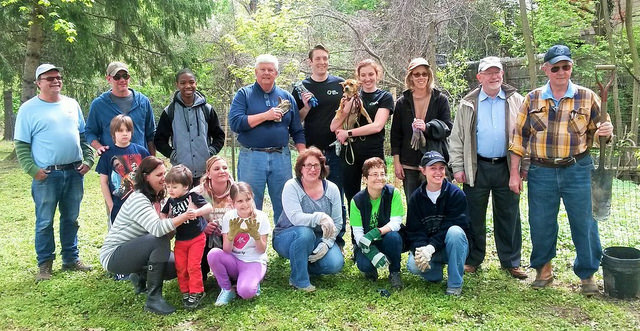Group photo of volunteers at TTF Earth Day cleanup